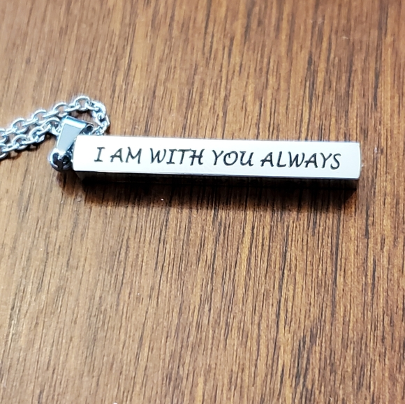 Inspirational I am always with you necklace